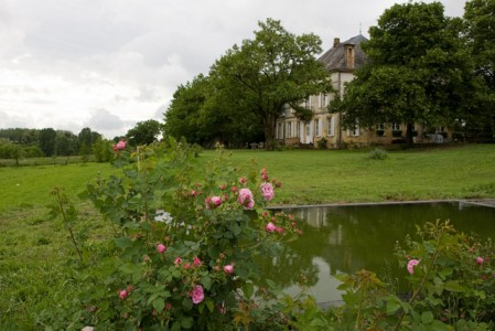 Dordogne Mansion: choosing a natural lifestyle